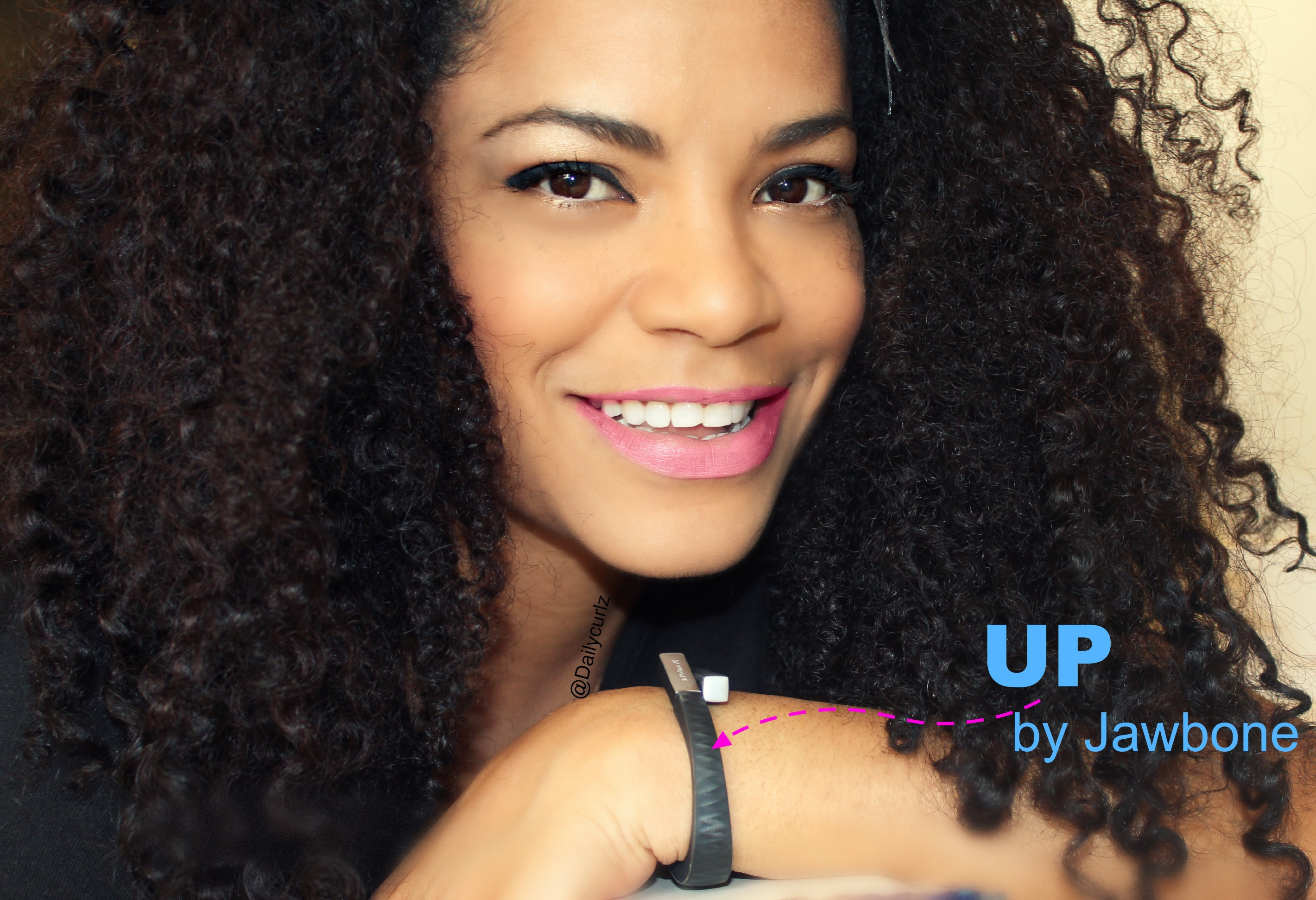 Up by Jawbone Review +Giveaway /Reseña de la banda fitness U+ concurso