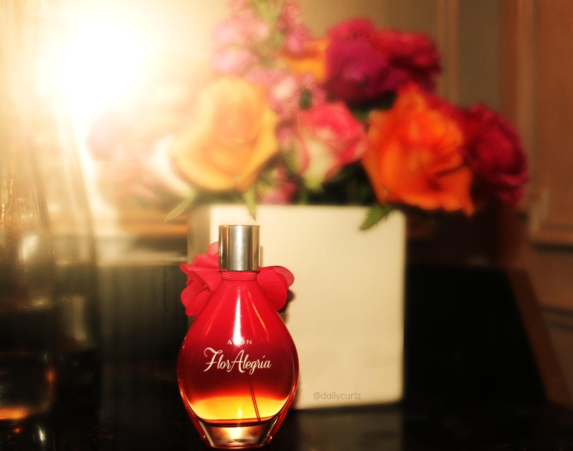 """New Avon fragrance """"Flor Alegria / Kate del castillo es la nueva cara de Avon"""