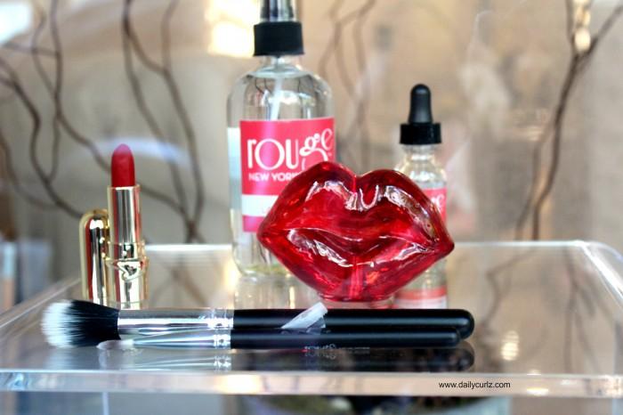 rouge_make_up_bar