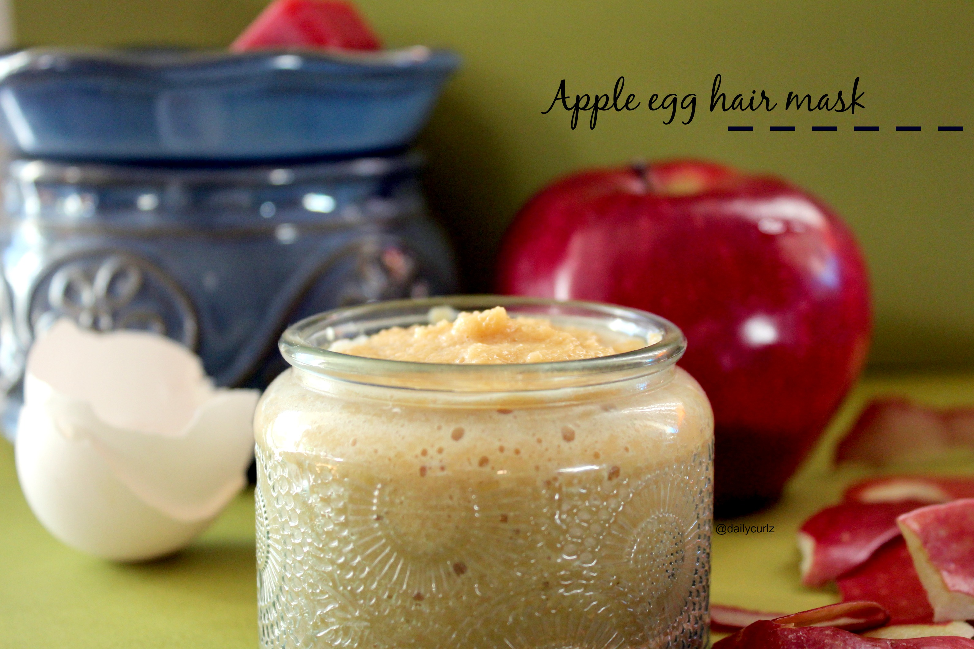 Scented Apple egg Hair mask /Mascarilla casera de manzana y huevo