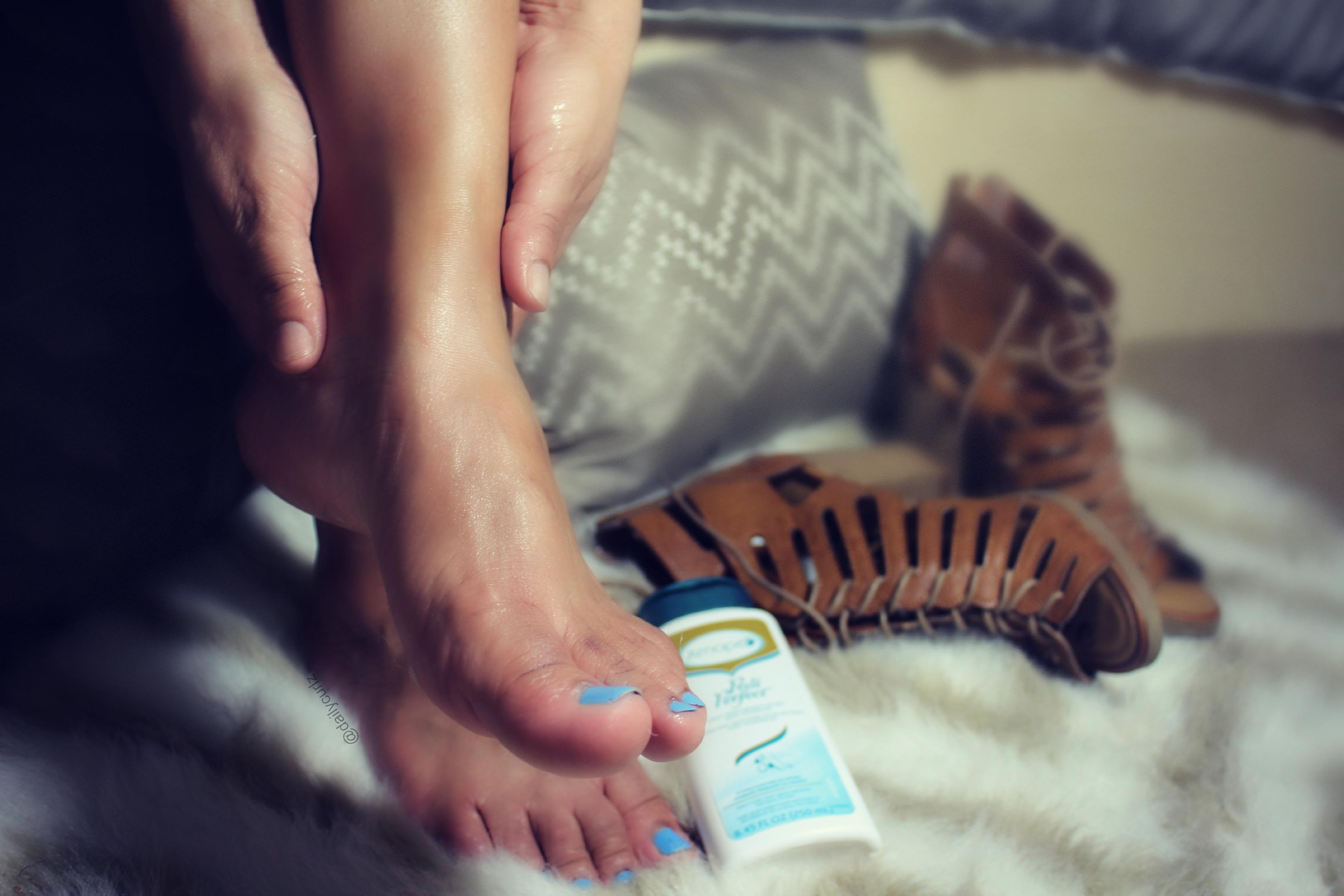 Fall-Winter foot care tips / Tips para el perfecto Pedicure