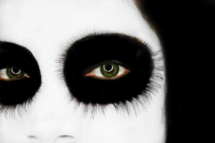 Easy Halloween Makeup idea | Maquillaje bello y espeluznante