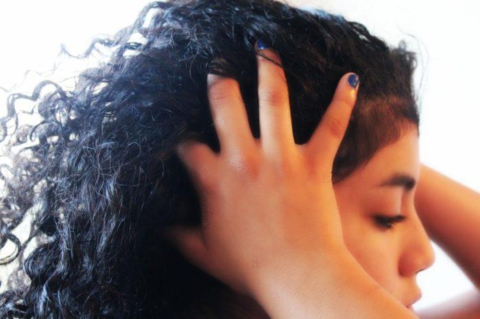 El bálsamo para los cabellos la vitamina nutritiva librederm