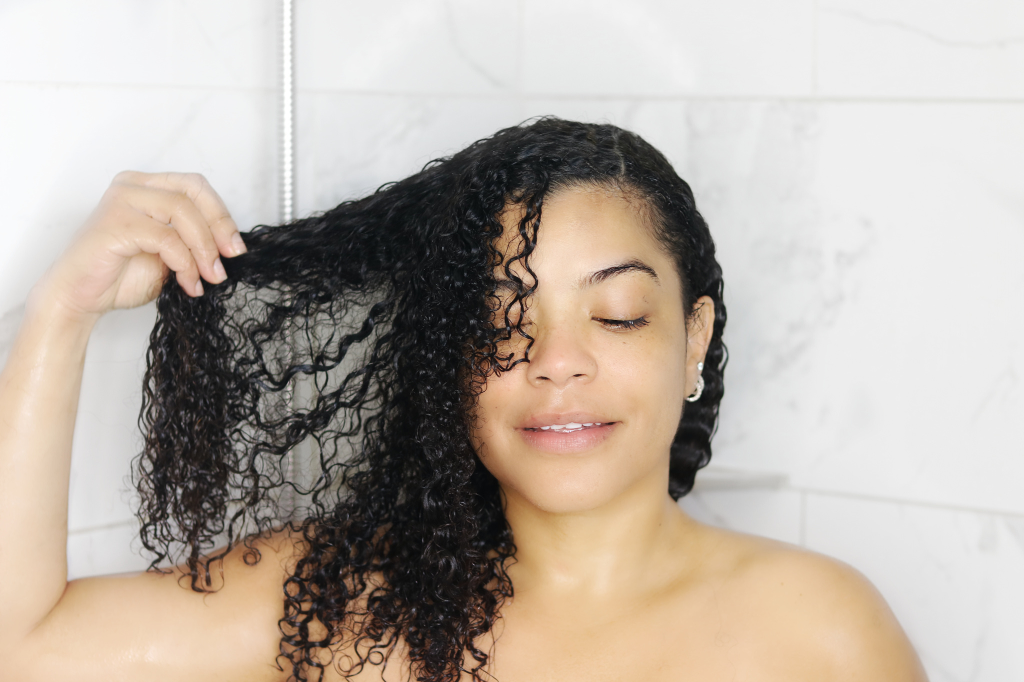 Tips and tricks for long-lasting Stay At Home curls